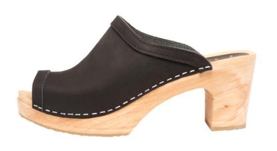 Cape Clogs - Flicka in Black $115